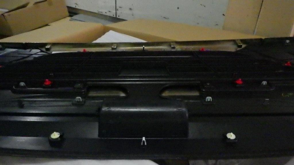 ファイブスターギガ いすゞ純正 ブラッククロム グリル5
