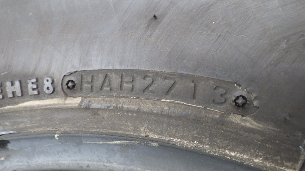 205/70R17.5 小型トラック用タイヤ デュトロ エルフ キャンター6