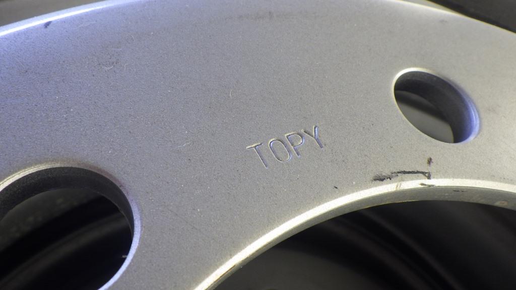 245/70R19.5 スチールホイール付 未使用タイヤ 4本セット9