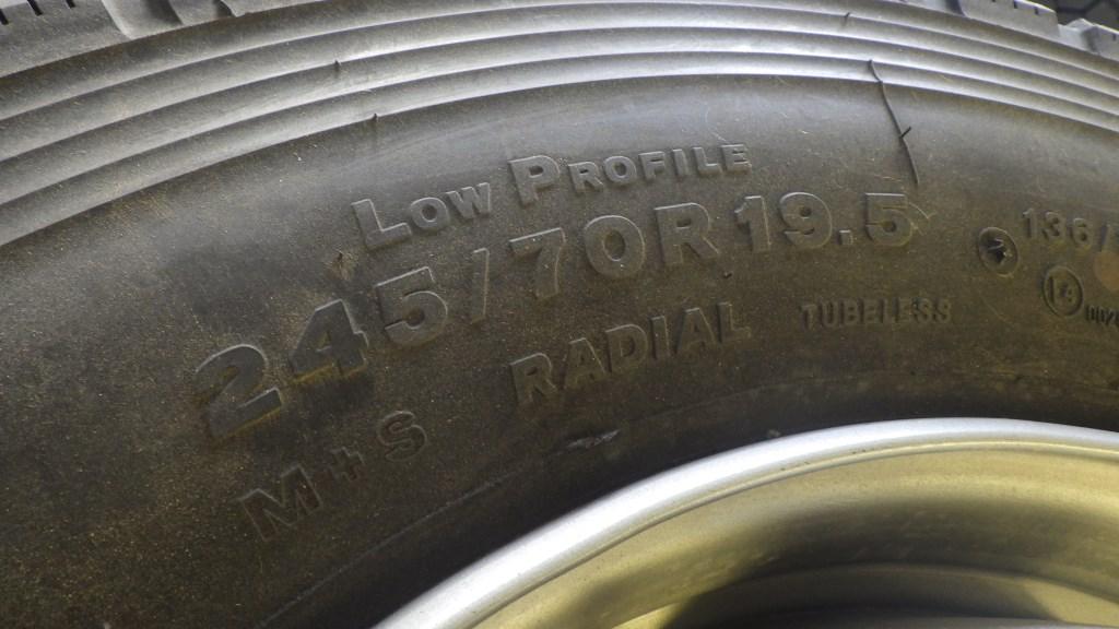 245/70R19.5 スチールホイール付 未使用タイヤ 4本セット7