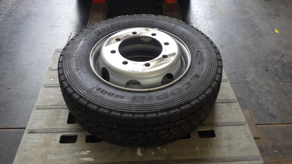 245/70R19.5 未使用品 大型低床用 スペアタイヤ スチールホイール付3