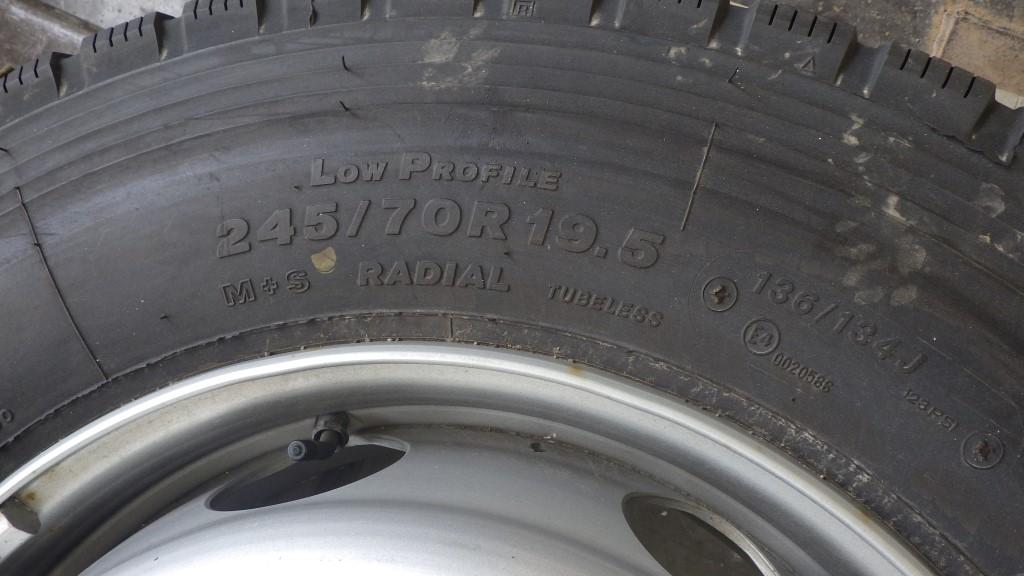 245/70R19.5 未使用品 大型低床用 スペアタイヤ スチールホイール付5