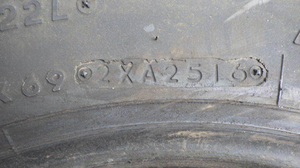 225/80R17.5 M800 バリ溝格安タイヤ5