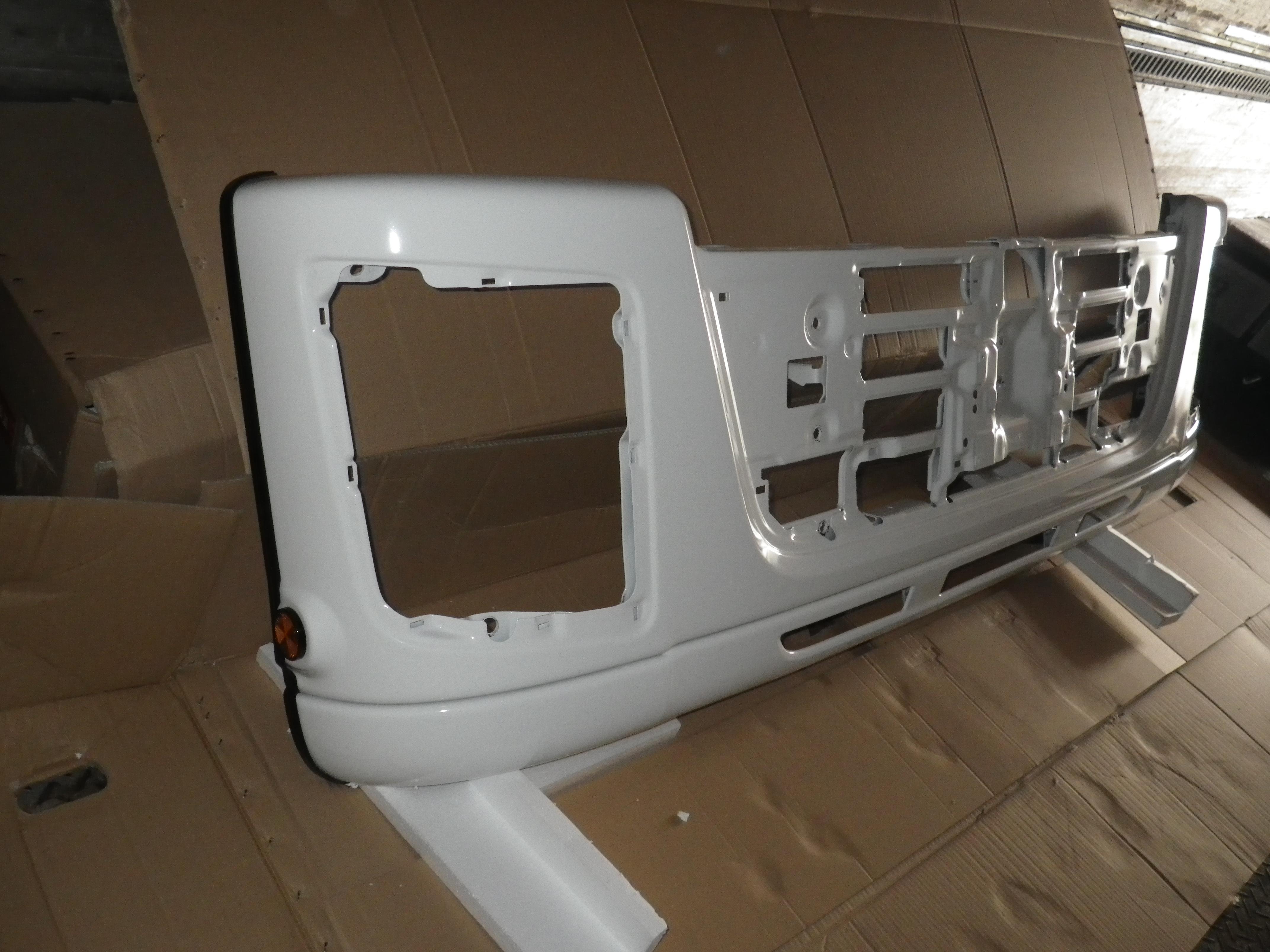 いすゞギガ いすゞ純正 フロントバンパー2