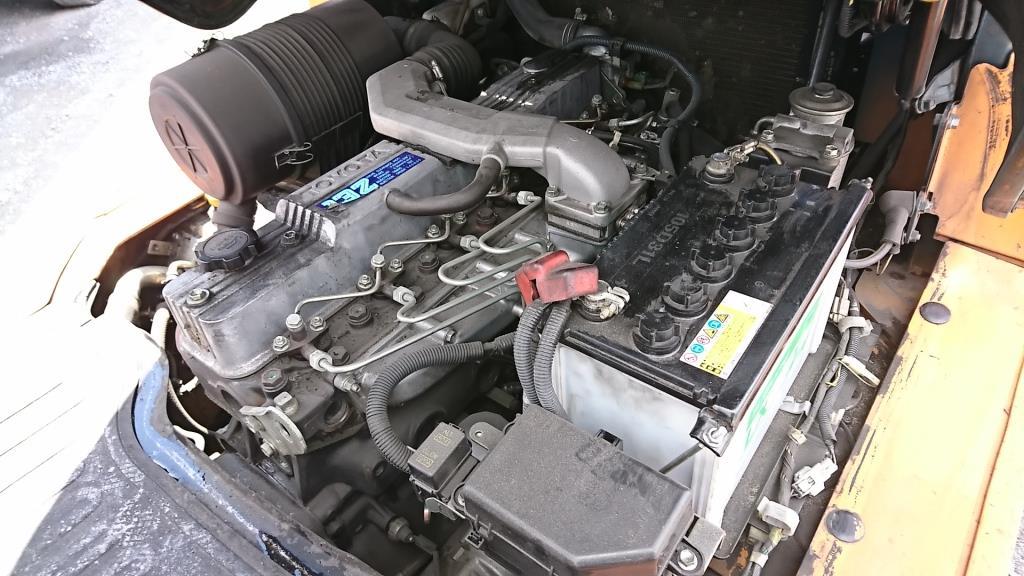 トヨタフォークリフト サイドシフト 3.5tディーゼルエンジン9