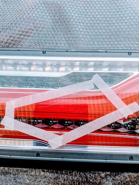 17プロフィア用変換ハーネス付 シーケンシャルターン オールLEDリアコンビネーションランプ歌舞伎テール2