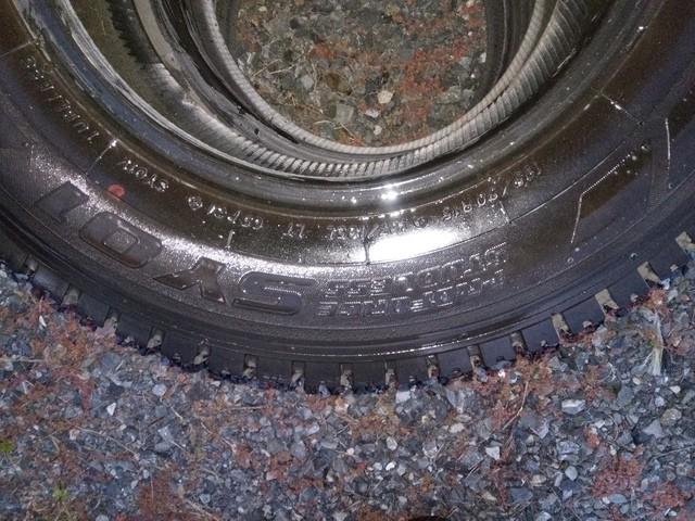 ハイエース/ジムニー 中古スタッドレスタイヤ 195/80R15 4本セット5