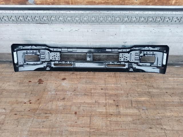 UDトラックス/いすゞ コンドル/フォワード 標準幅 フロントバンパー(黒)4
