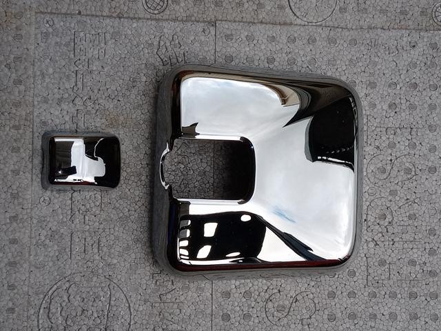 いすゞ ギガ 純正メッキミラーカバー小1