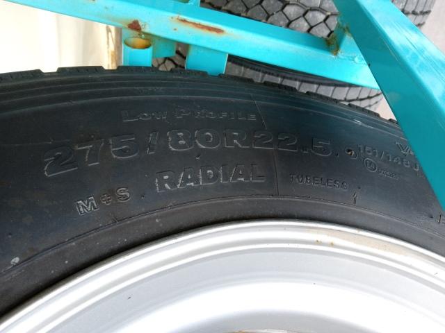 275/80R22.5 リトレットタイヤ スチールホイール付き 4本セット4