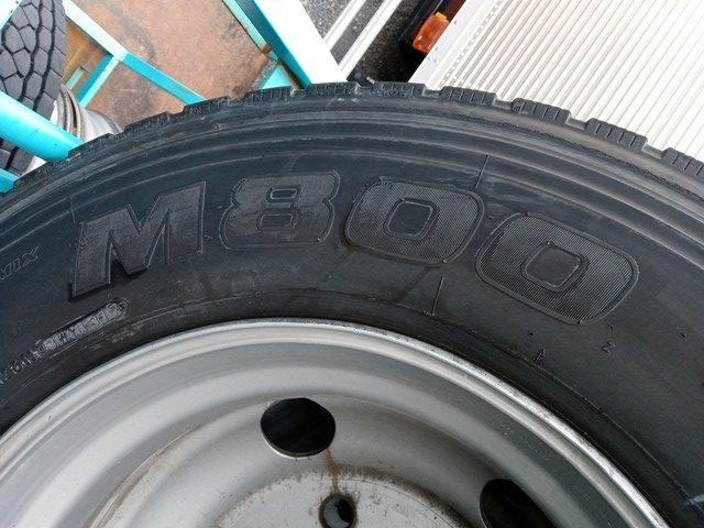 275/80R22.5 リトレットタイヤ スチールホイール付き 4本セット3
