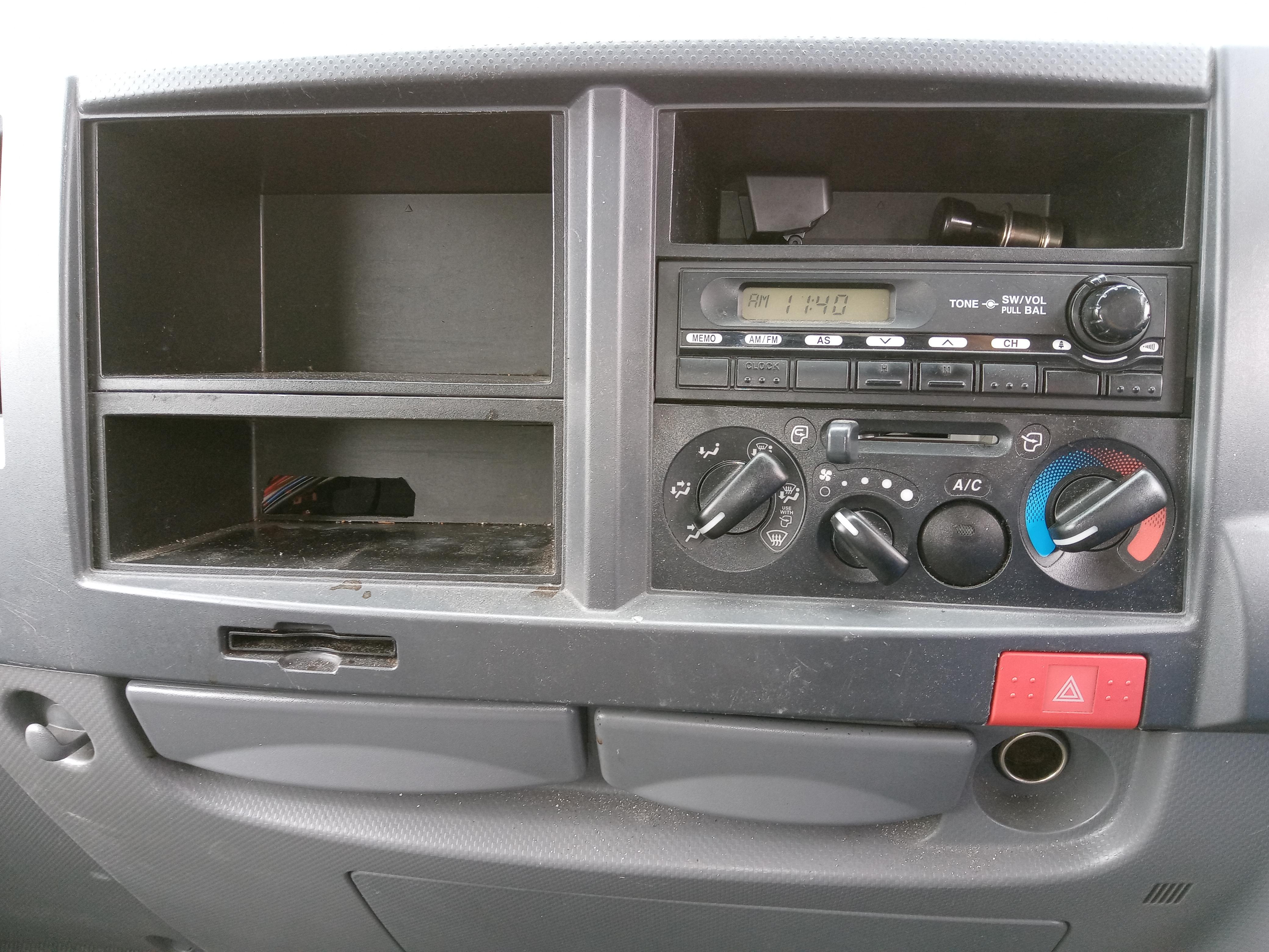 H25年 いすゞエルフ 標準 ドライバン 室内高2.04m 車検付き20