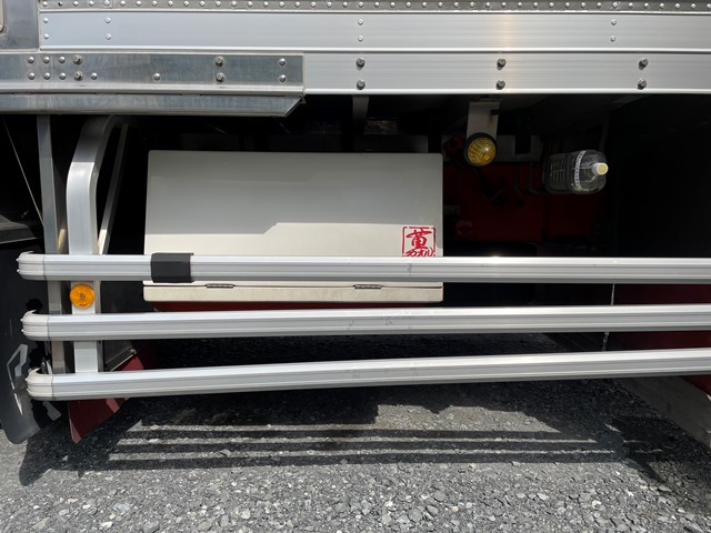 ギガ H24年式 QKG-CYL77A 冷凍車 サブエンジン付40