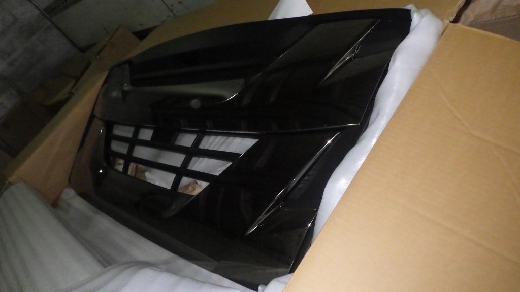 ファイブスターギガ いすゞ純正 ブラッククロム グリル2