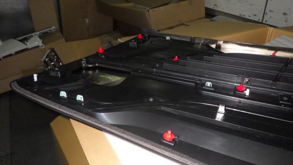 ファイブスターギガ いすゞ純正 ブラッククロム グリル3