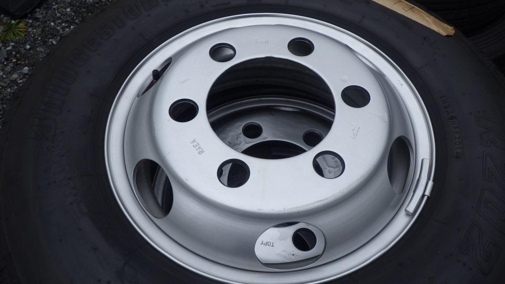 215/85R16 スチールホイール付タイヤ 7本セット トヨタ ダイナ トラック5