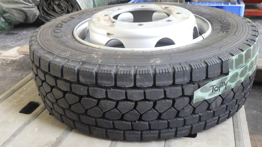 245/70R19.5 未使用品 大型低床用 スペアタイヤ スチールホイール付4