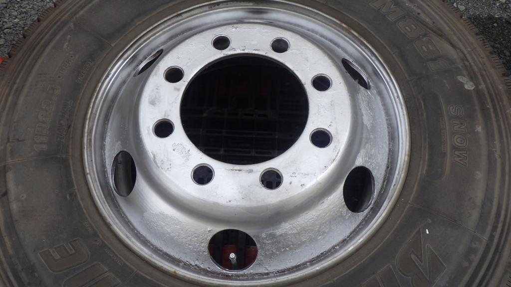 11R22.5 スチールホイール付タイヤ 1本2