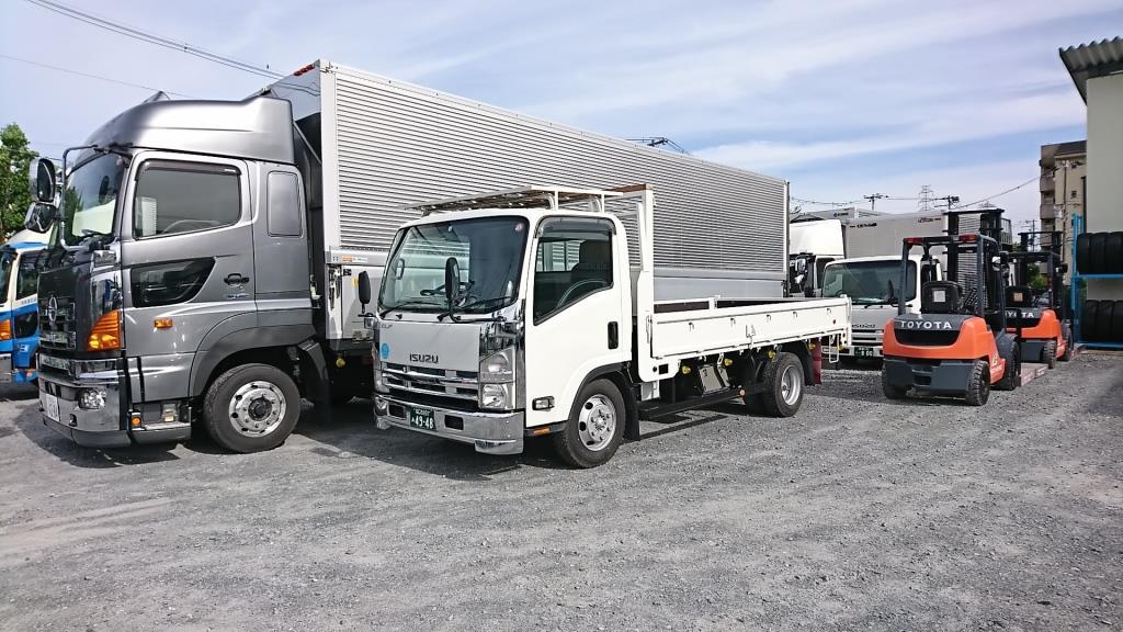 トラックの買取りも販売も 東大阪 アイケイアール