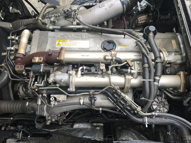 ギガ QKG-EXD52AD トラクター 460馬力46