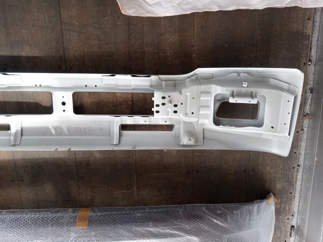 いすゞ 標準キャブ用 フロントバンパー 白5