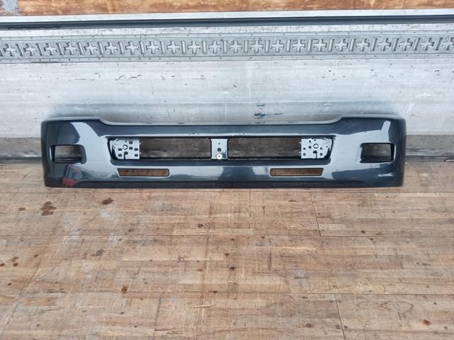 UDトラックス/いすゞ コンドル/フォワード 標準幅 フロントバンパー(黒)1