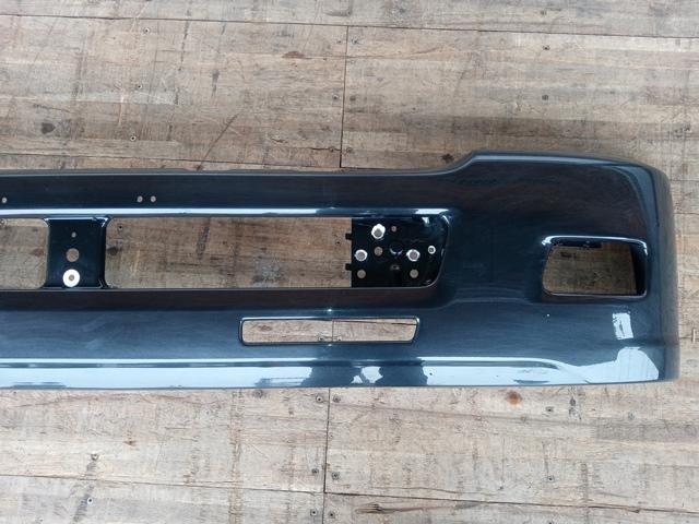 UDトラックス/いすゞ コンドル/フォワード 標準幅 フロントバンパー(黒)3