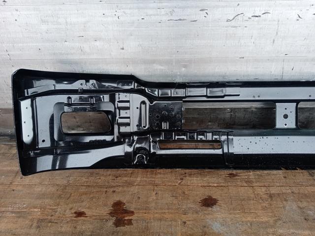 UDトラックス/いすゞ コンドル/フォワード 標準幅 フロントバンパー(黒)5