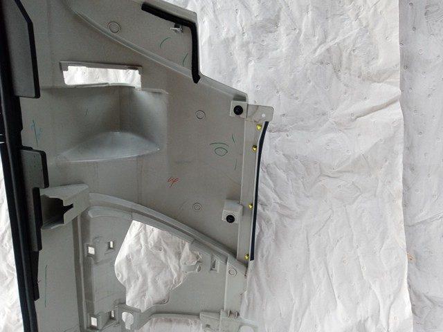 いすゞ フォワード 助手席側コーナーパネル3