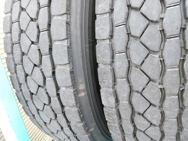 275/80R22.5 リトレットタイヤ スチールホイール付き 4本セット6