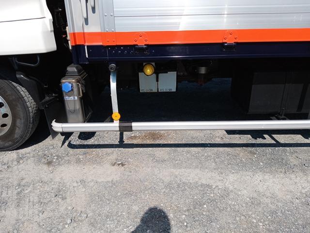 H23年 UDトラックス 4t格納ゲート付アルミウイング 6MT エアサス29
