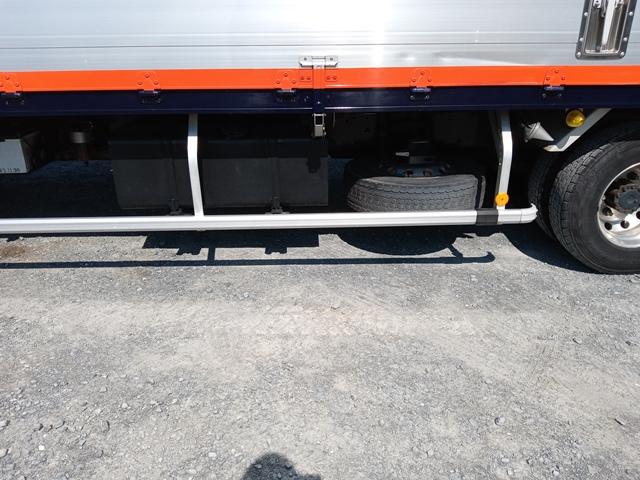 H23年 UDトラックス 4t格納ゲート付アルミウイング 6MT エアサス30