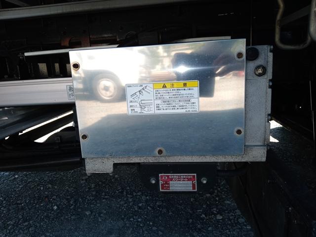 H23年 UDトラックス 4t格納ゲート付アルミウイング 6MT エアサス33