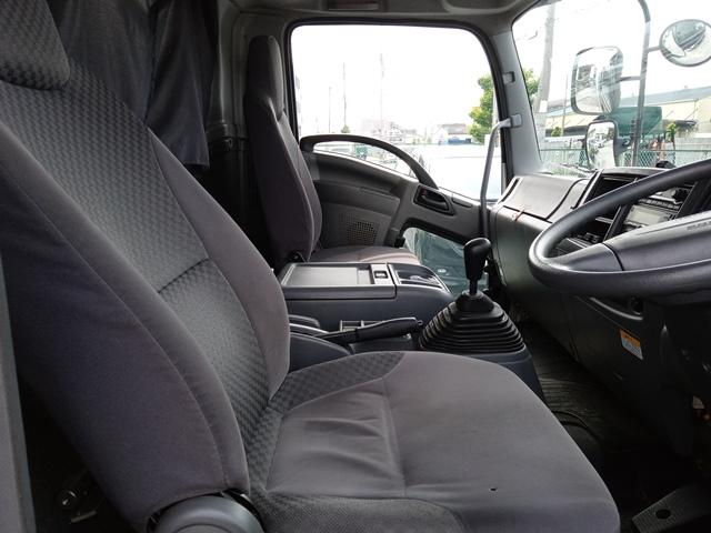 H22年 いすゞ フォワード アルミバン サイドドア付 ワイド 6MT 車検付き17