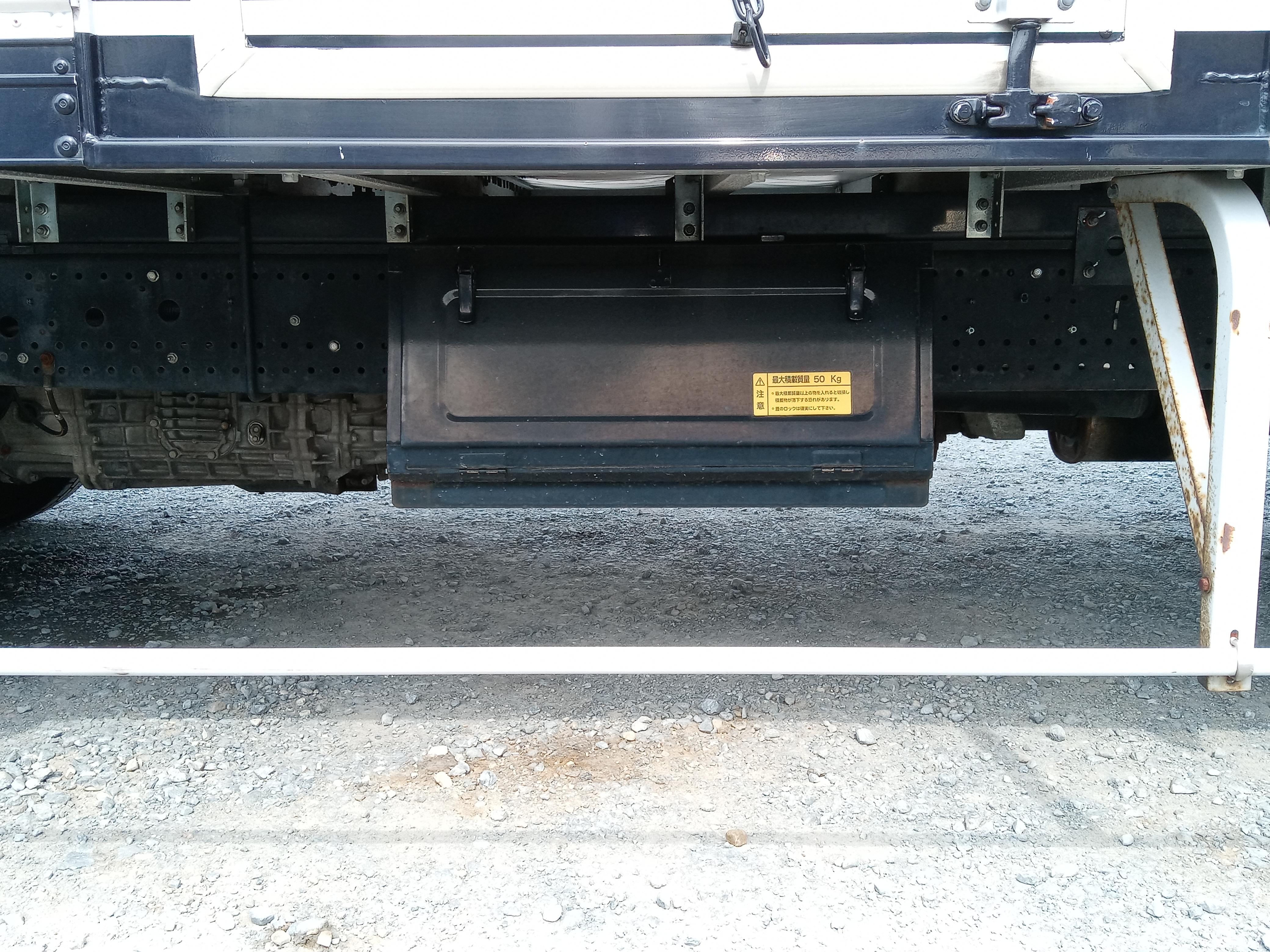 H22年 いすゞ フォワード アルミバン サイドドア付 ワイド 6MT 車検付き28