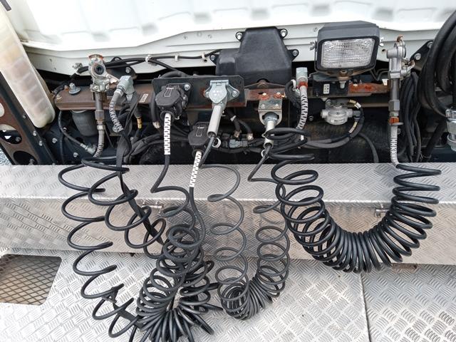 H27年 QPG-FP64VDR 三菱 スーパーグレート トラクタ 車検付 297千㎞34
